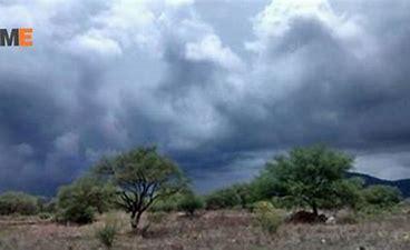 Resultado de imagen de tormenta fuerte en el cielo