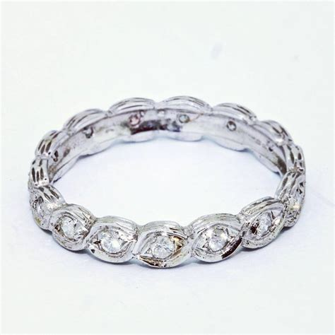 ideas of unique womens wedding rings