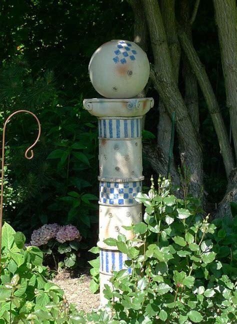gartensäule von margit hohenberger keramik kunst für den