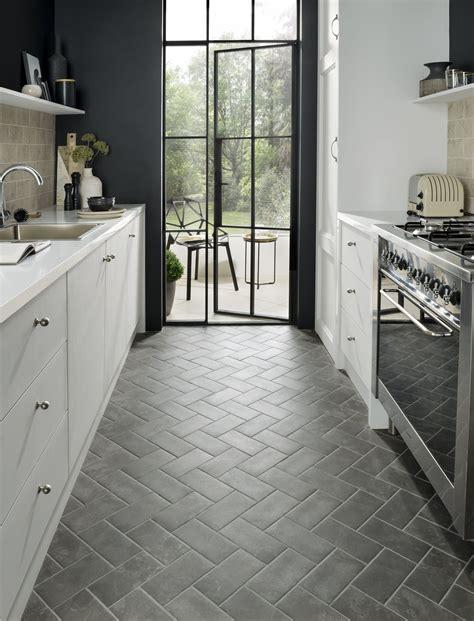 tile design ideas to make a small kitchen feel bigger