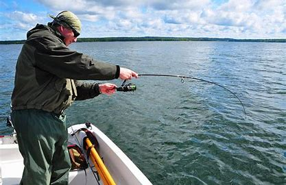 Obraz znaleziony dla: łowienie ryb nad jeziorem grafika