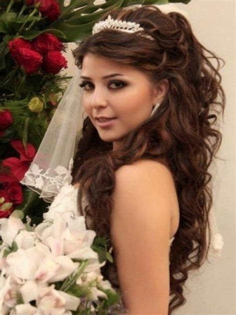 BEST COLLECTION OF UPDO HAIRSTYLES FOR SWEET