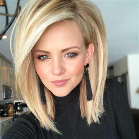 Straight Blonde Long Bob Side Part In Hair Lengths Medium Hair Styles Hair Styles