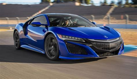 THE TOP SPORTS CARS TO LOOK FOR IN