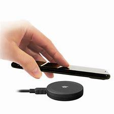 パッドタイプワイヤレス充電器 に対する画像結果