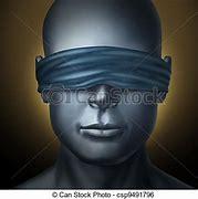Résultat d'images pour humains accroupis, yeux bandés  images