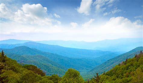 PLAN A GIRLS ONLY BREAK IN PIGEON FORGE LEISURE GROUP TRAVEL