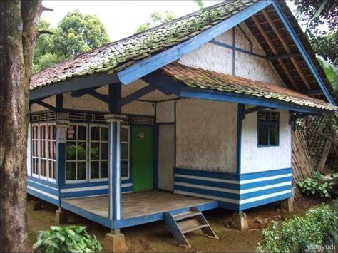 contoh rumah semi panggung sederhana gambar desain rumah