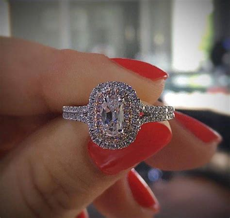 halo engagement rings for fall our top picks