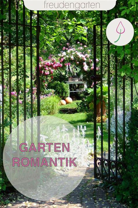 romantischer staudengarten am bach staudengarten garten