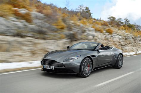 ASTON MARTIN DB VOLANTE FIRST DRIVE ROOFLESS