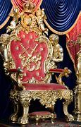 Résultat d'images pour illustrations trône royal en or