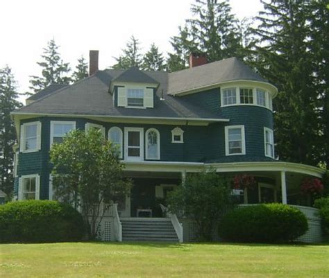 victorian shingle style houses old house web