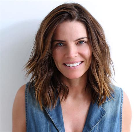 most beneficial haircuts for thick hair of any length