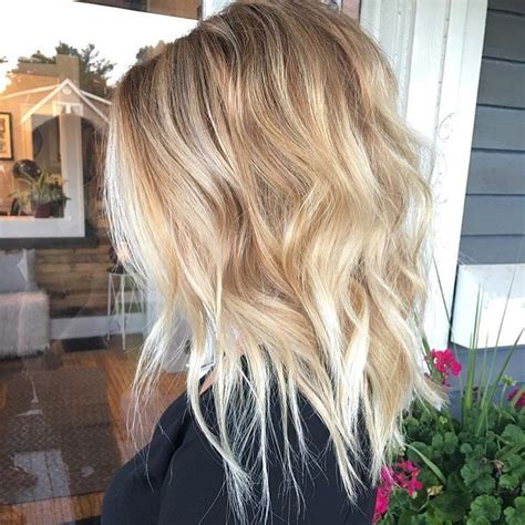 BEST MEDIUM HAIRSTYLES FOR WOMEN SHOULDER LENGTH HAIR
