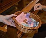 Résultat d'images pour images quête dans église