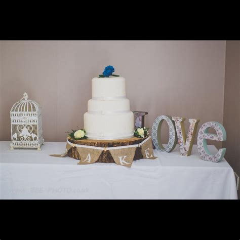 tree slice cake stand base cost to hire including