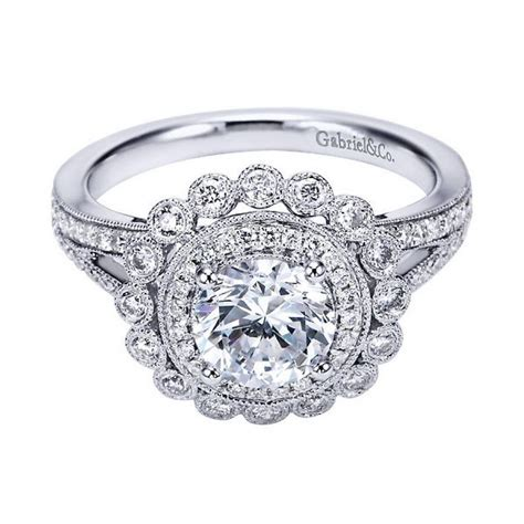 photo of vintage style wedding rings for women