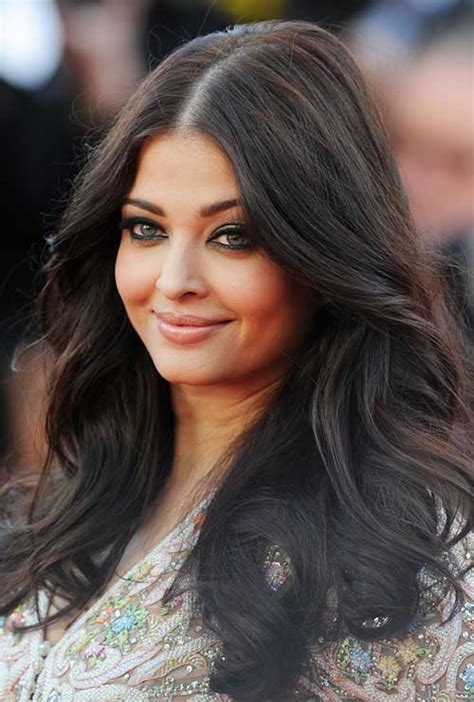 BEST LONG HAIRSTYLES FOR ROUND FACES HAIRSTYLES