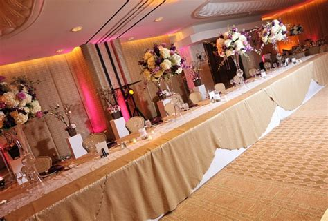 need help with diy head table and cake table decor
