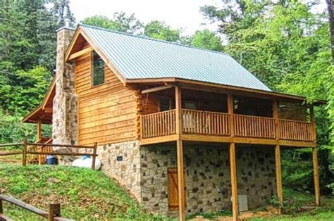 REASONS TO PLAN A SOLO VACATION TO OUR CABIN RENTALS IN