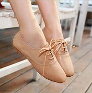 Obraz znaleziony dla: flat heels