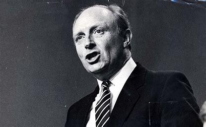 Image result for derek hatton neil kinnock labour conference 1985 images