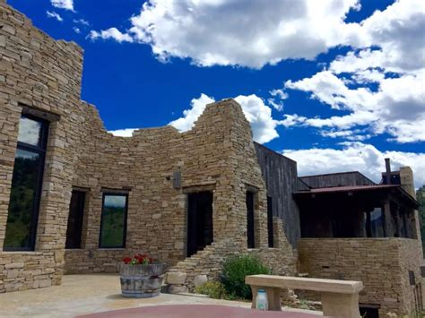 COOLEST AIRBNB VACATION RENTALS IN COLORADO WITH