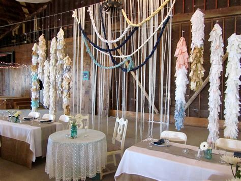 the king and elegant wedding head table decoration ideas