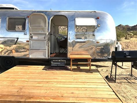 THE HIPPEST PLACE TO STAY IN THE DESERT
