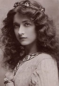 Image result for images beautiful italian girls early 1900s