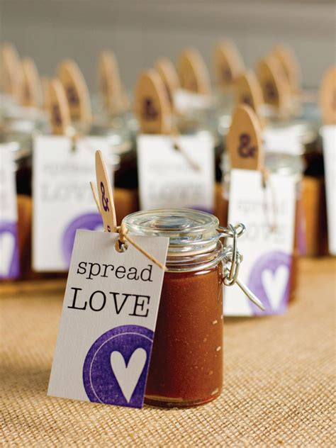 diy wedding favors your guests will actually want