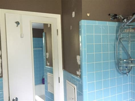 vintage blue tile bathroom color paint walls