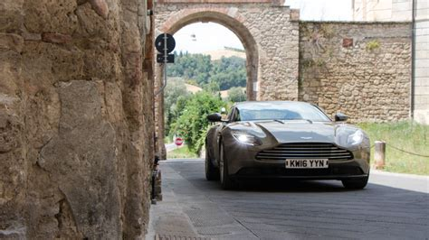 aston martin db first drive of motor com