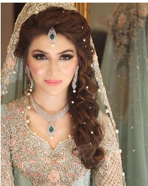 ideas of indian bridal long hairstyles