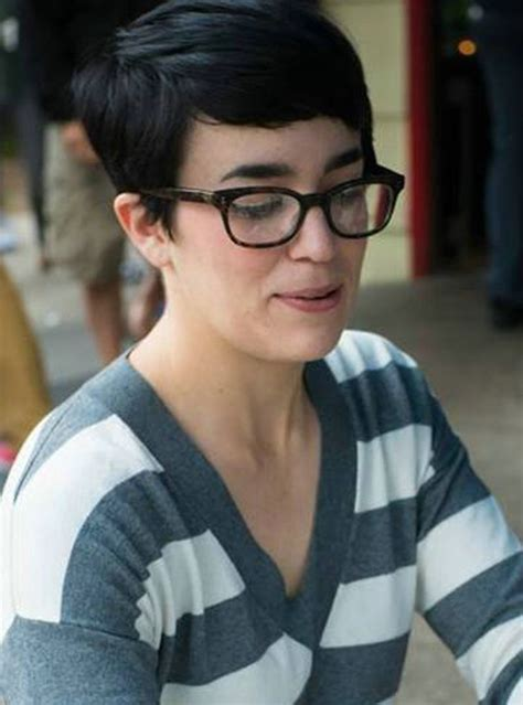 top hairstyles with bangs and glasses the perfect