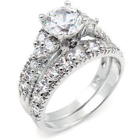 engagement ring vs wedding ring what are the differences