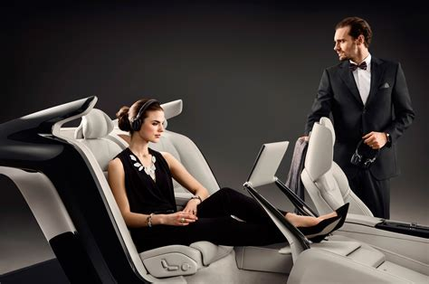 VOLVO S EXCELLENCE INTERIOR CONCEPT SHOWS LUXURIOUS