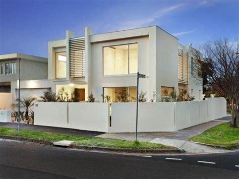 desain rumah berbentuk kotak minimalis modern desain