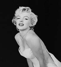 Image result for marilyn monroe sexy in bed