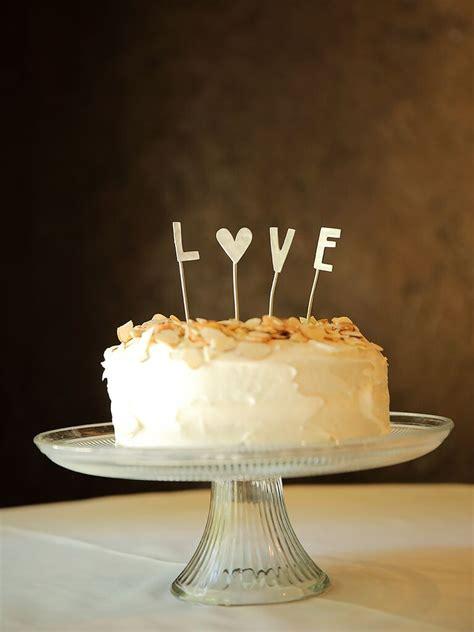 awesome diy wedding cake topper ideas