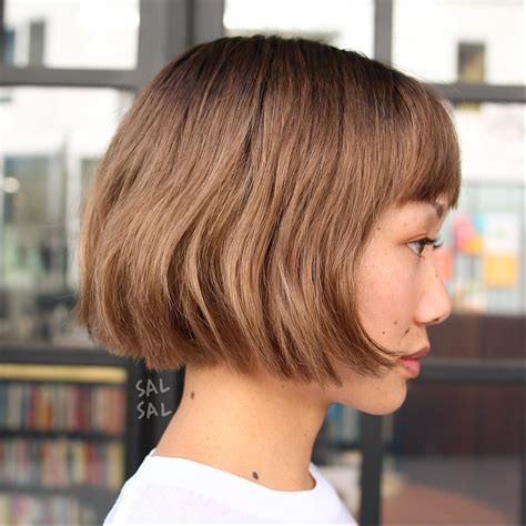 MOST FLATTERING BOB HAIRSTYLES FOR ROUND FACES