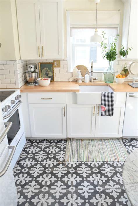 beautiful examples of kitchen floor tile
