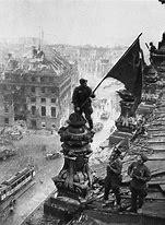 Résultat d'images pour armee sovietique a Berlin