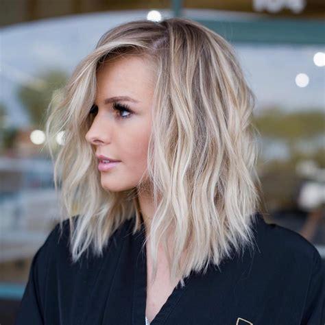 SIMPLE LOB HAIR STYLES FOR WOMEN MEDIUM HAIRCUT WITH