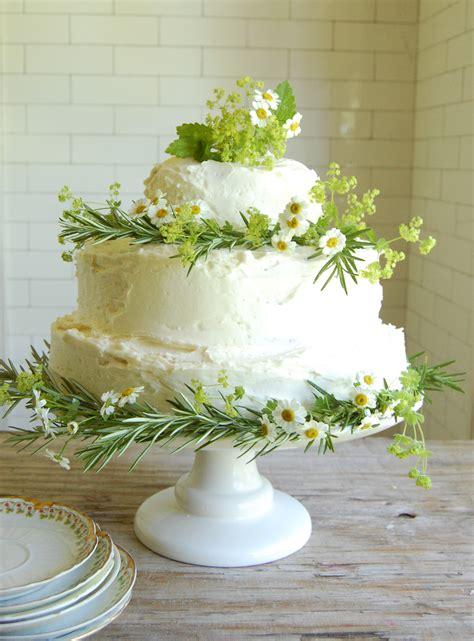 wedding cake dilemma