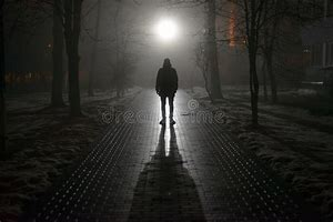 Résultat d'images pour illustrations,images hommes seul la nuit