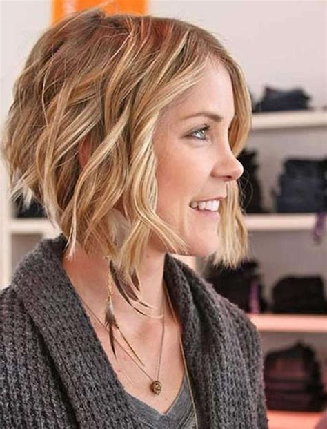 best ideas of medium short haircuts for thick wavy hair