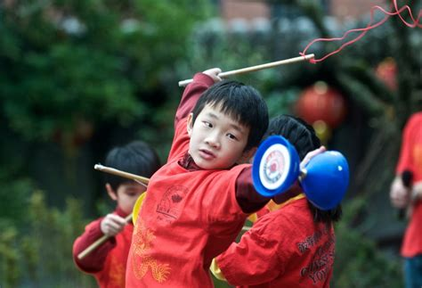 Gambar Permainan Tradisional Kaum Cina