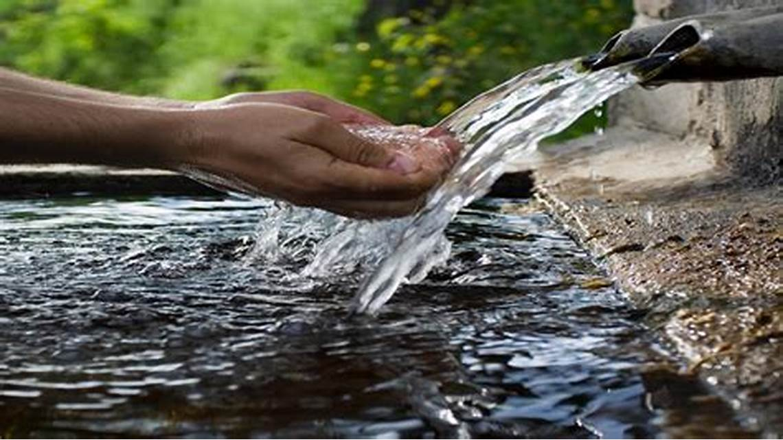 Vastu Shastra and Vastu Knowledge for Building your perfect home: water resource in a house